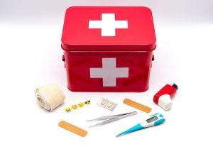 Enseñar primeros auxilios a los niños
