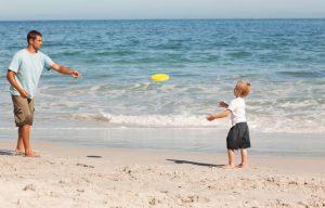actividad frisbee playa