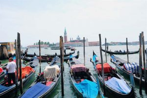 gondolas venecia