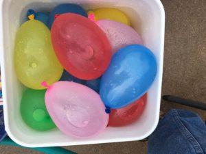 juego guerra globos de agua